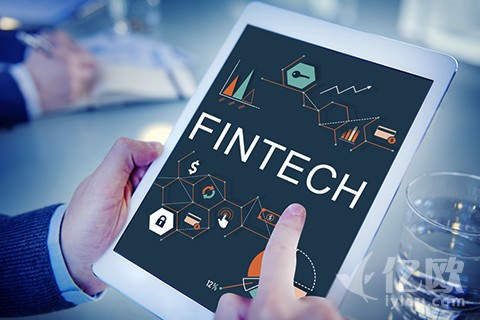 """拥抱技术,银行要警惕""""大数据万能""""童话"""