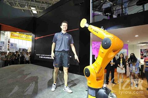 中国仅一家上榜!揭秘引领世界工业机器人发展的十大巨头