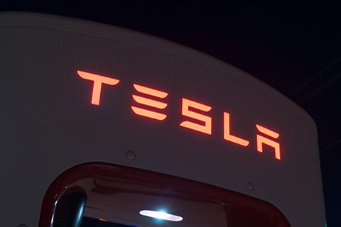 特斯拉收购SolarCity如鲠在喉,面临收购危机