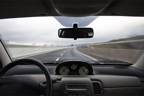 特斯拉之后无人驾驶再出事故!谷歌无人驾驶汽车在加州撞车